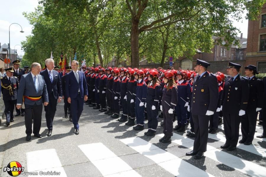 Revue des troupes (photo Gwenn Corbisier)
